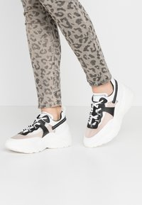 Steve Madden - ARIS - Sneakers laag - white/multicolor - 0