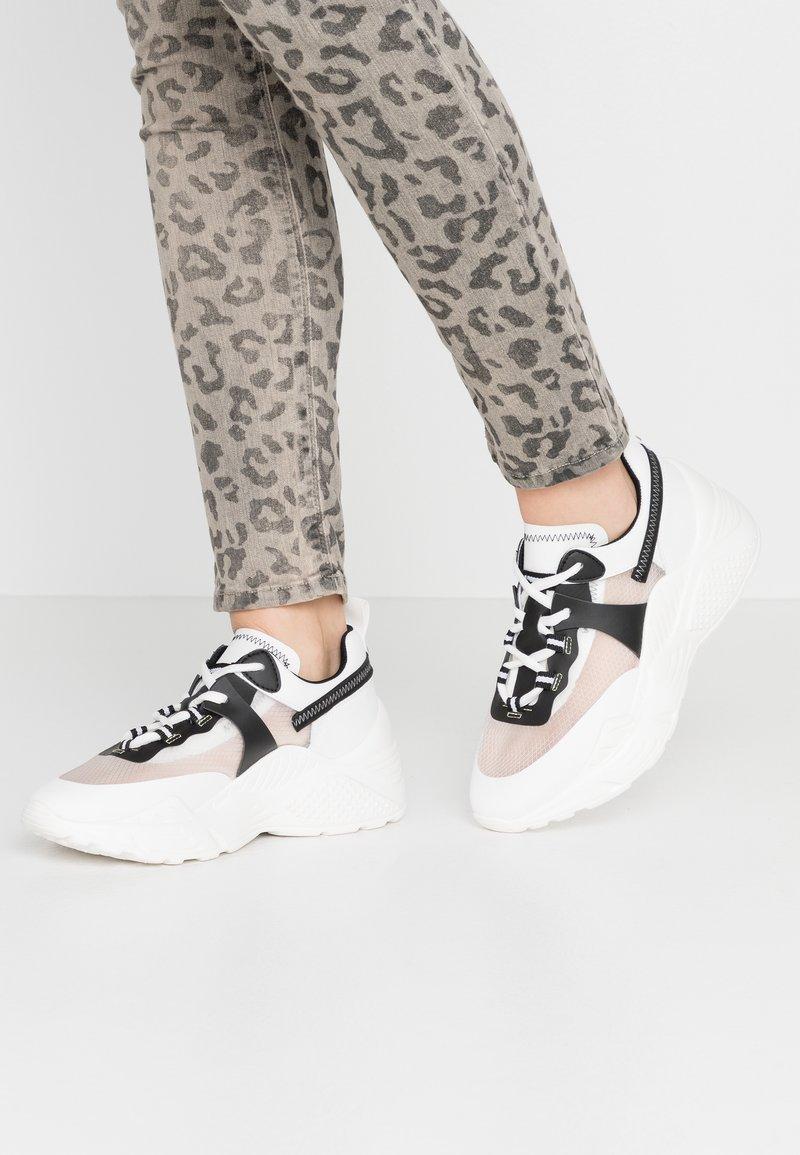 Steve Madden - ARIS - Sneakers laag - white/multicolor