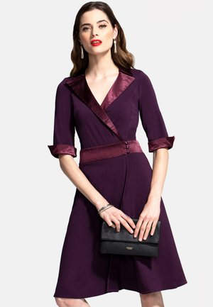 Robe d'été - dark purple