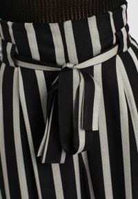 khujo - EIVOLA - Trousers - grey/black - 5