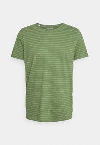 SLHMORGAN - Print T-shirt - vineyard green/egret