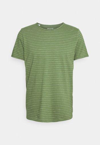 SLHMORGAN - Camiseta estampada - vineyard green/egret