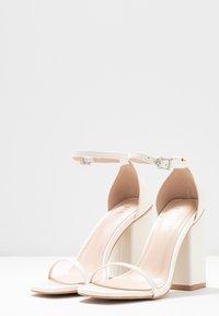 RAID - ANWEN - Sandaler med høye hæler - offwhite - 4