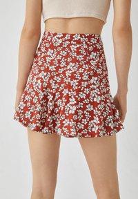 PULL&BEAR - MIT BLUMENPRINT - A-line skirt - light brown - 5