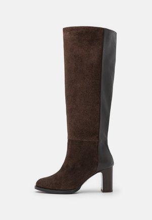 ARCADIA - Stivali alti - dark brown