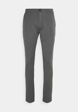 OLLIE PANTS - Chino kalhoty - medium grey melange