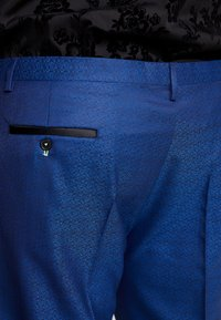 Twisted Tailor - REGAN SUIT PLUS - Suit - blue - 7
