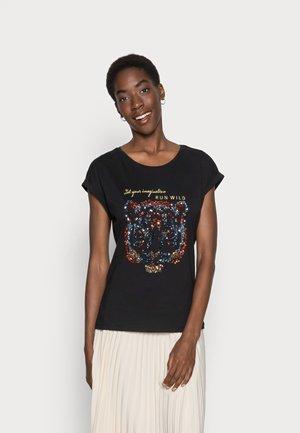 KACRISTY - T-shirt z nadrukiem - black deep