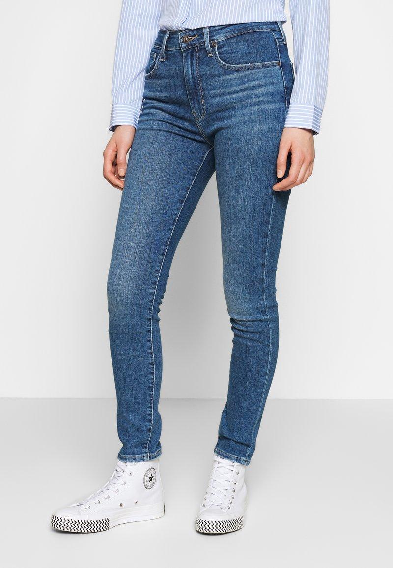 Levi's® - 721 HIGH RISE SKINNY - Jeansy Skinny Fit - blue denim