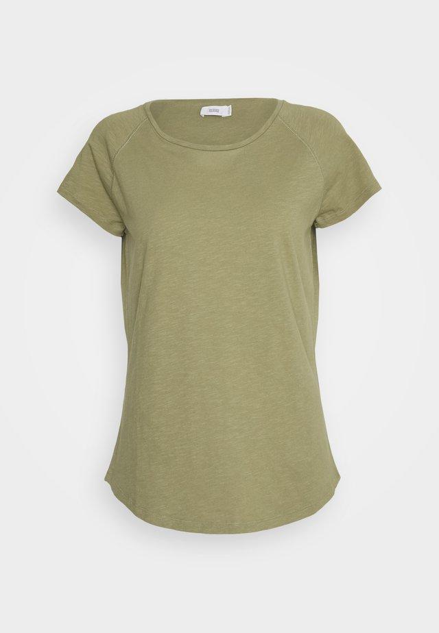 WOMEN´S - T-shirt basique - green umber