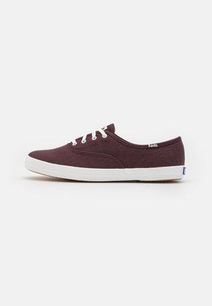 CHAMPION - Sneakers laag - burgundy