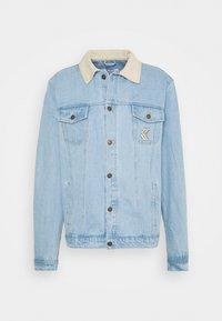 Karl Kani - TRUCKER JACKET UNISEX - Denim jacket - light blue - 0