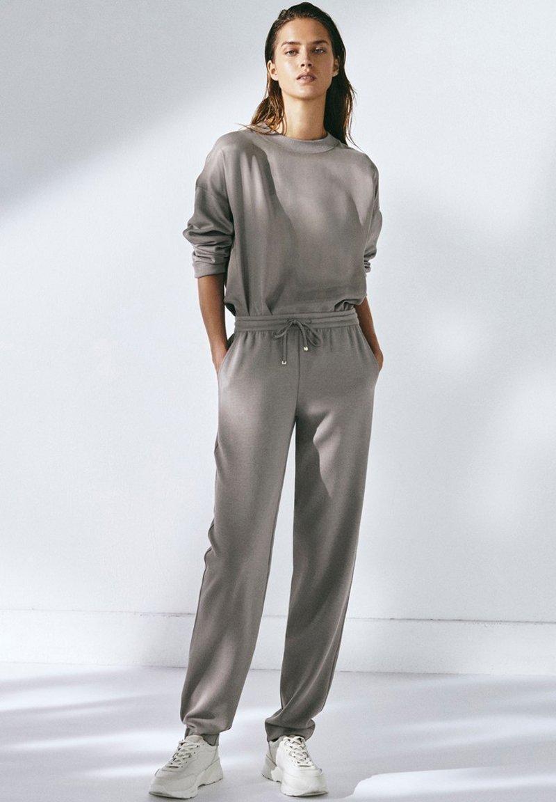 Massimo Dutti - Tracksuit bottoms - grey