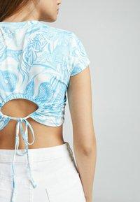 Bershka - T-shirts print - blue - 3