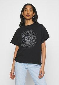 Even&Odd - T-shirt con stampa - black - 0