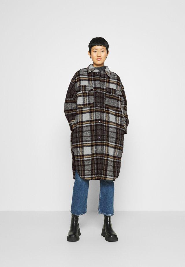 ROXYE - Classic coat - bone/brown