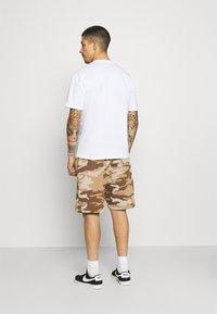 Caterpillar - BASIC  - Shorts - brown - 2