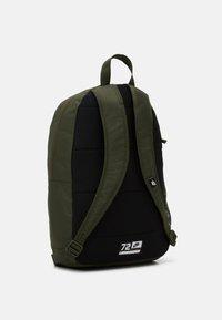 Nike Sportswear - ELEMENTAL UNISEX - Rugzak - cargo khaki/black - 1