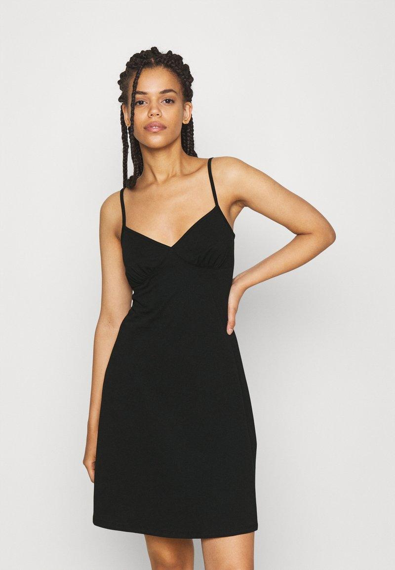 ONLY - ONLMAIKA STRAP NIGHTWEAR DRESS - Nightie - black