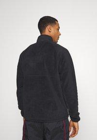 Nike Sportswear - WINTER - Forro polar - black - 2