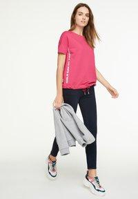 comma casual identity - Sweatshirt - pink - 1