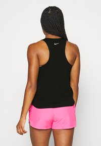Nike Performance - RUN TANK - Treningsskjorter - black/silver/white - 2