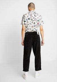 Denham - HARRY  - Spodnie materiałowe - black - 2