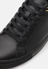 Zign - Matalavartiset tennarit - black/gold-coloured - 5