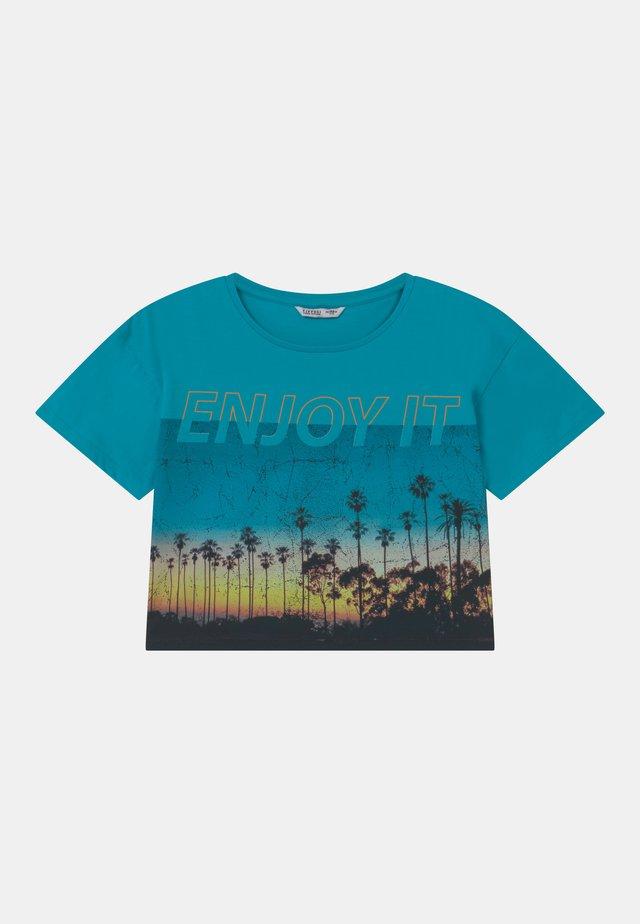 BANGUI - Print T-shirt - blue