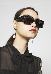 Marc Jacobs - MARC - Occhiali da sole - grey - 1