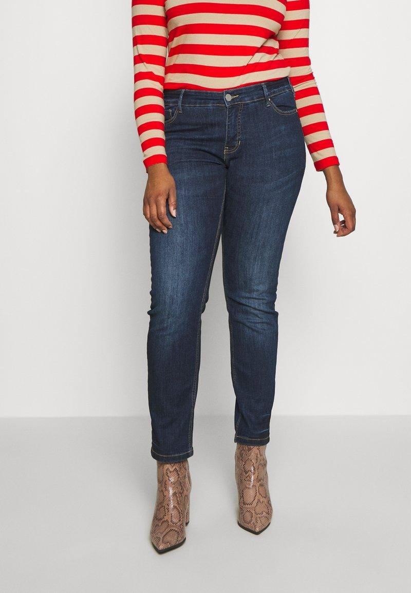 Zizzi - EMILY - Jeans slim fit - blue denim