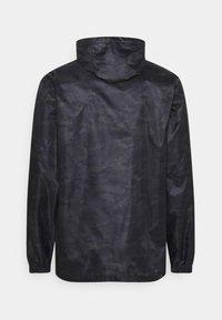 Regatta - PRINTD PACK IT - Chaqueta outdoor - black camo - 6