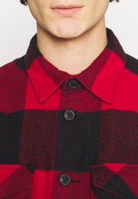 Only & Sons - ONSMILO LIFE HEAVY CHECK  - Skjorta - fiery red - 5