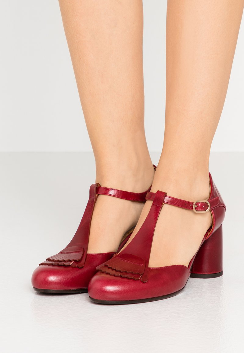 Chie Mihara - MOLE - Classic heels - granate