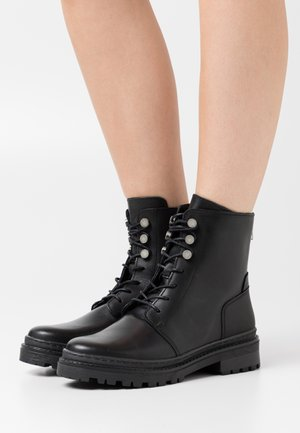 VMHEIDI BOOT - Lace-up ankle boots - black