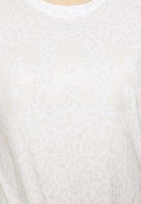 GAP - TEE - T-shirts med print - snow - 3