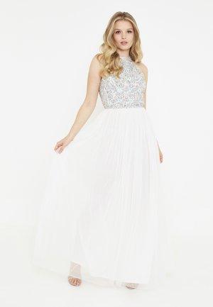 IZZY - Společenské šaty - ivory