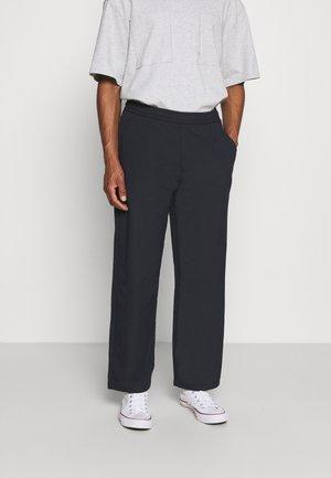 GREENPORT DOBBY DRAW - Trousers - true navy
