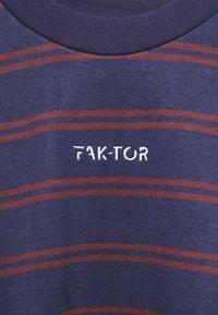 FAKTOR - DISTRICT CREW - Felpa - blue - 5