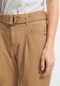 comma casual identity - Trousers - brown - 3