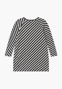 Papu - STRIPE - Žerzejové šaty - black sand - 1