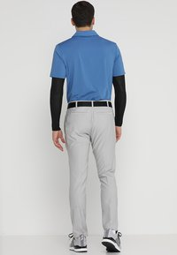 adidas Golf - ULTIMATE365 3 STRIPES TAPERED PANTS - Pantalons outdoor - grey - 2