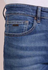 BOSS - DELAWARE  - Slim fit -farkut - medium blue - 5