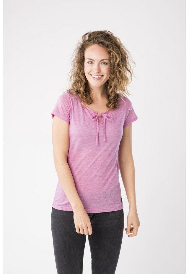 RELAX TEE - Print T-shirt - pink