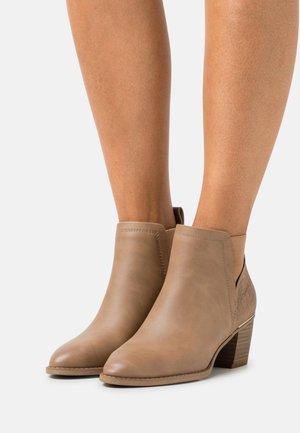 VEGAN HOJJA - Classic ankle boots - beige