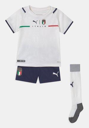 ITALIEN FIGC AWAY SET UNISEX - Print T-shirt - puma white/peacoat