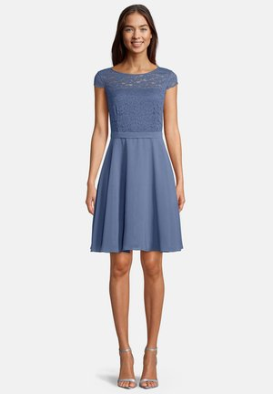 Day dress - hushed blue