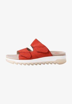 Pantuflas - red