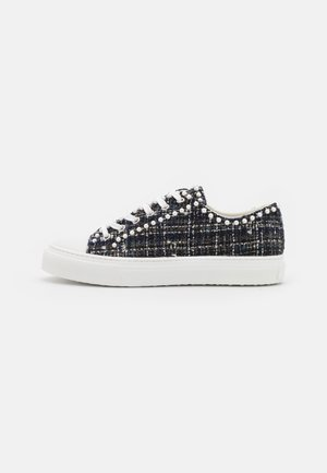 OLLIE MINI TOP - Sneakersy niskie - flannel