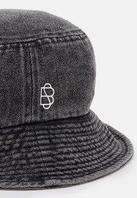 Becksöndergaard - BUCKET HAT - Hat - india ink - 3
